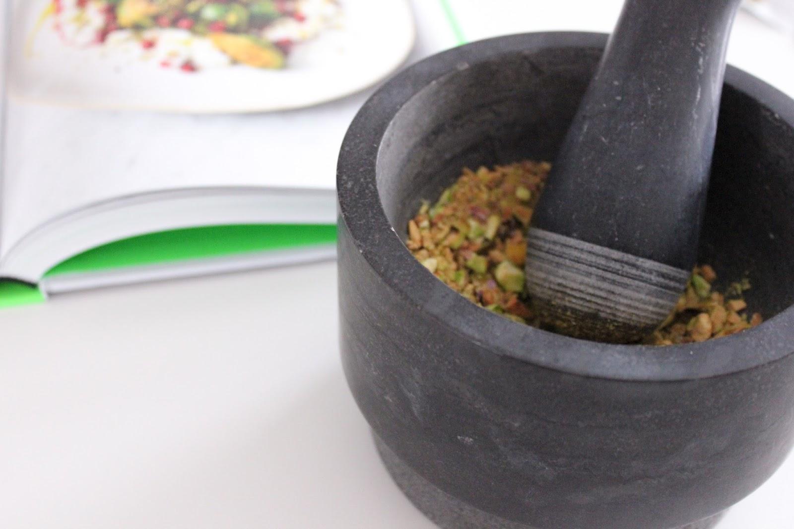 Goldbrauner Rosenkohl aus Jamies 5-Zutaten-Küche ...